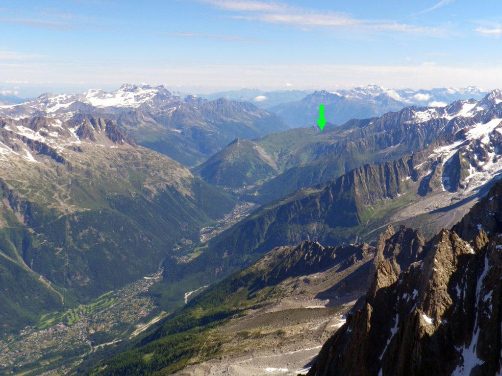 80 km du Mont Blanc - Col de Balme von der Aiguille du Midi aus