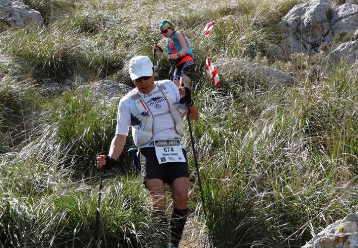 Cursa Tomir -Abstieg durch Schneidgras