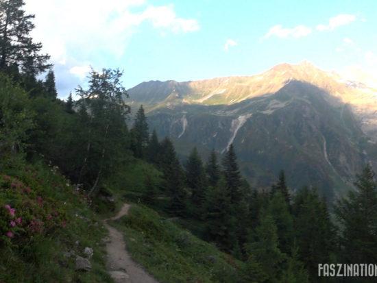 80 km du Mont-Blanc Abstieg nach Le Tour